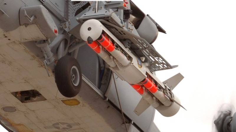The Archerfish Mine Neutralisation System fitted to a US Navy MH-60S Seahawk helicopter. (BAE photo)