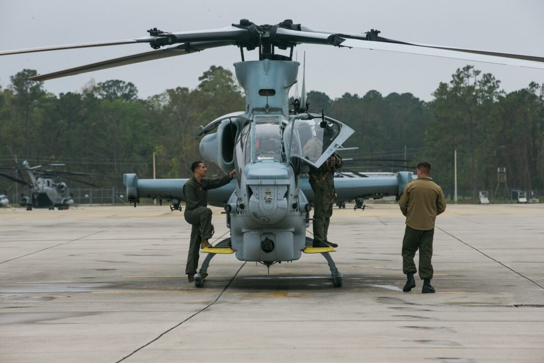 Light Attack Helicopter AH-1Z Viper, photo by Cpl. Jered T. Stone